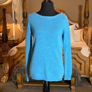 Tahari Pure Luxe 100% Sweater Size Small NWT!!
